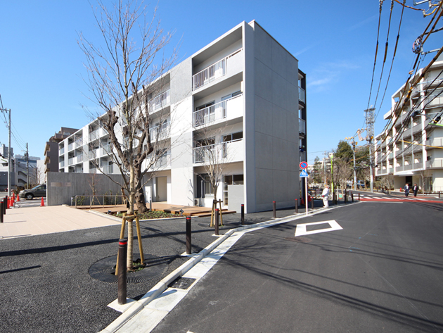 Chitose karasuyama 01